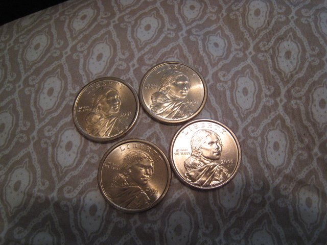 COIN COLLECTION SACAJAWEA SACAGAWEA U.S. US AMERICAN INDIAN GOLD COIN HOBBY COLLECTOR 2001 $1 DOLLAR
