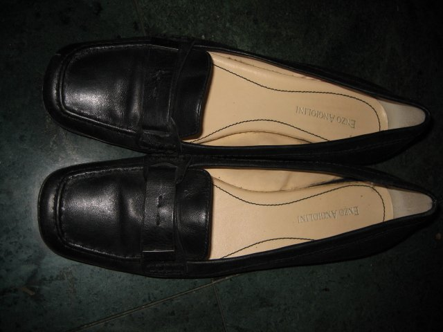 WOMEN'S FLATS BLACK LEATHER ENZO ANGIOLINI SZ 8 SHOES DRESS
