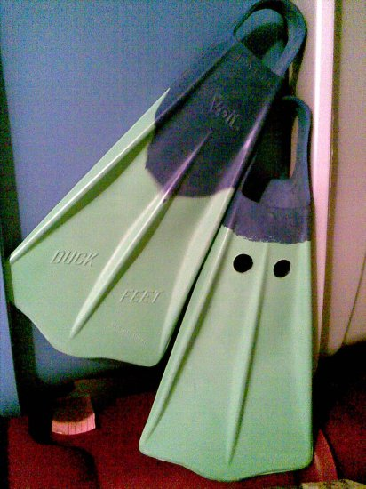 VINTAGE VOIT SCUBA DIVING FINS SWIMMING SNORKELING ACCESSORY DUCK FEET MEN'S RUBBER BLUE GREEN LARGE