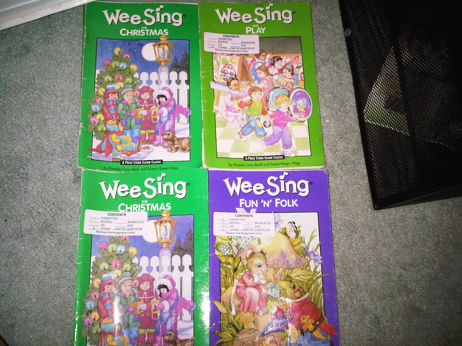 G lot set of 4 book books children's SING ALONG WEE SING home activity