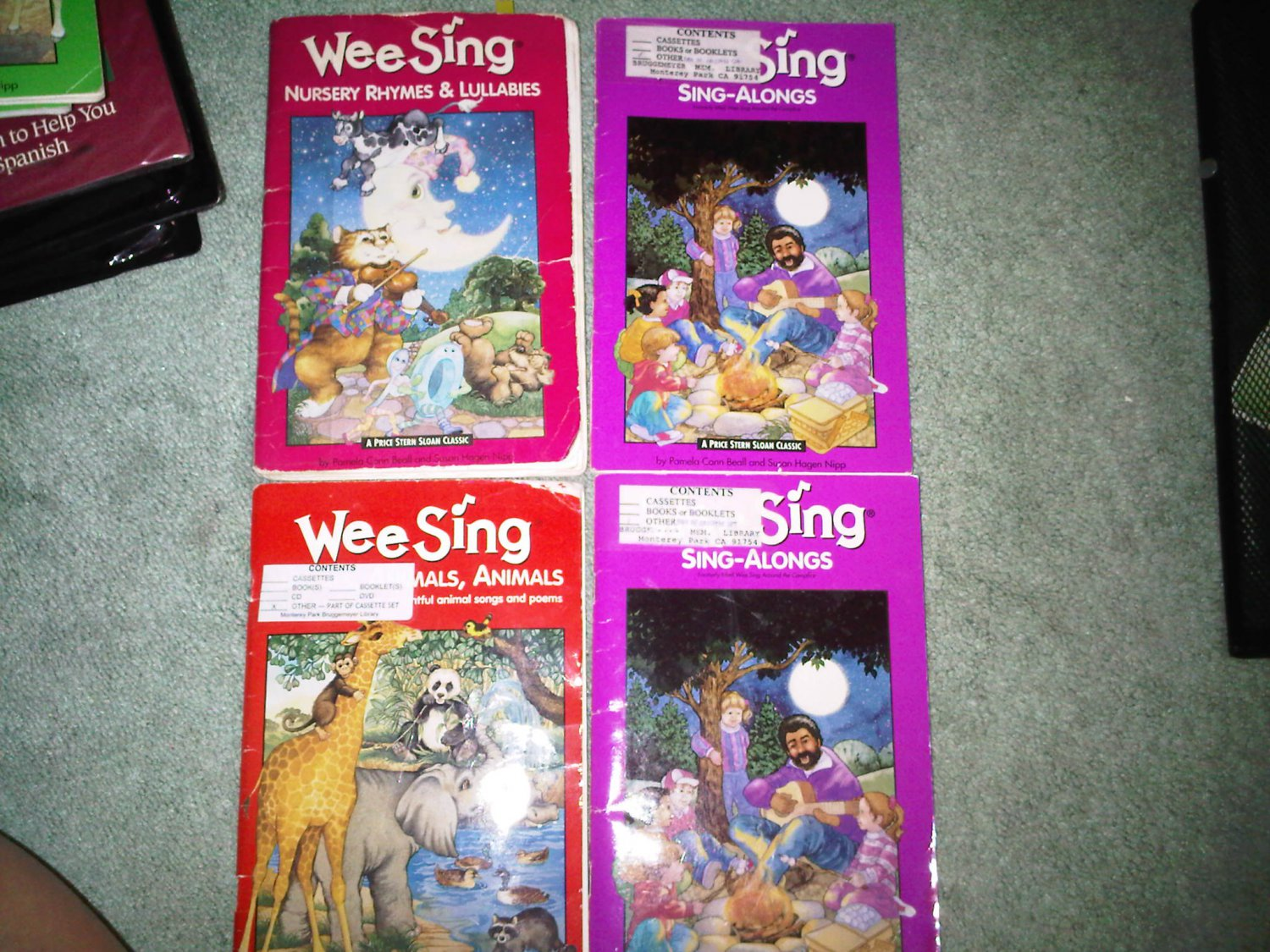 I lot set of 4 book books children's SING ALONG WEE SING home activity