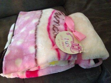 pink princess castle baby blanket soft snuggly kids bedroom accessory