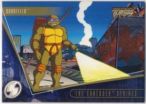 TMNT Fleer Series 2 Trading Card - Gold Parallel #64 - The Shredder Strikes - Ninja Turtles