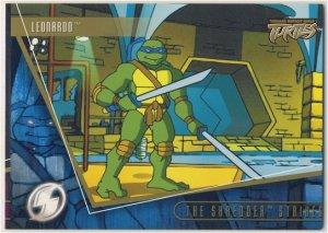 TMNT Fleer Series 2 Trading Card - Gold Parallel #75 - The Shredder Strikes - Ninja Turtles