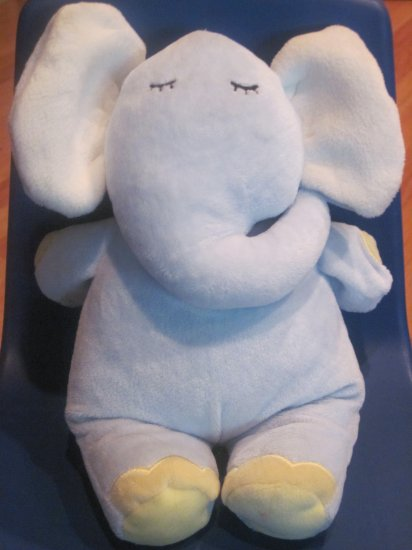 Kids Preferred Blue Elephant Musical Crib Toy Plays Hush Little Baby