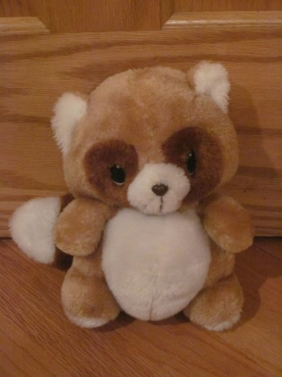 Vintage Animal Fair Plush Tan, White & Brown Stuffed Raccoon Oval Eyes
