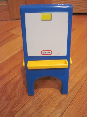 Little Tikes Miniature Dollhouse Size Chalk White Board