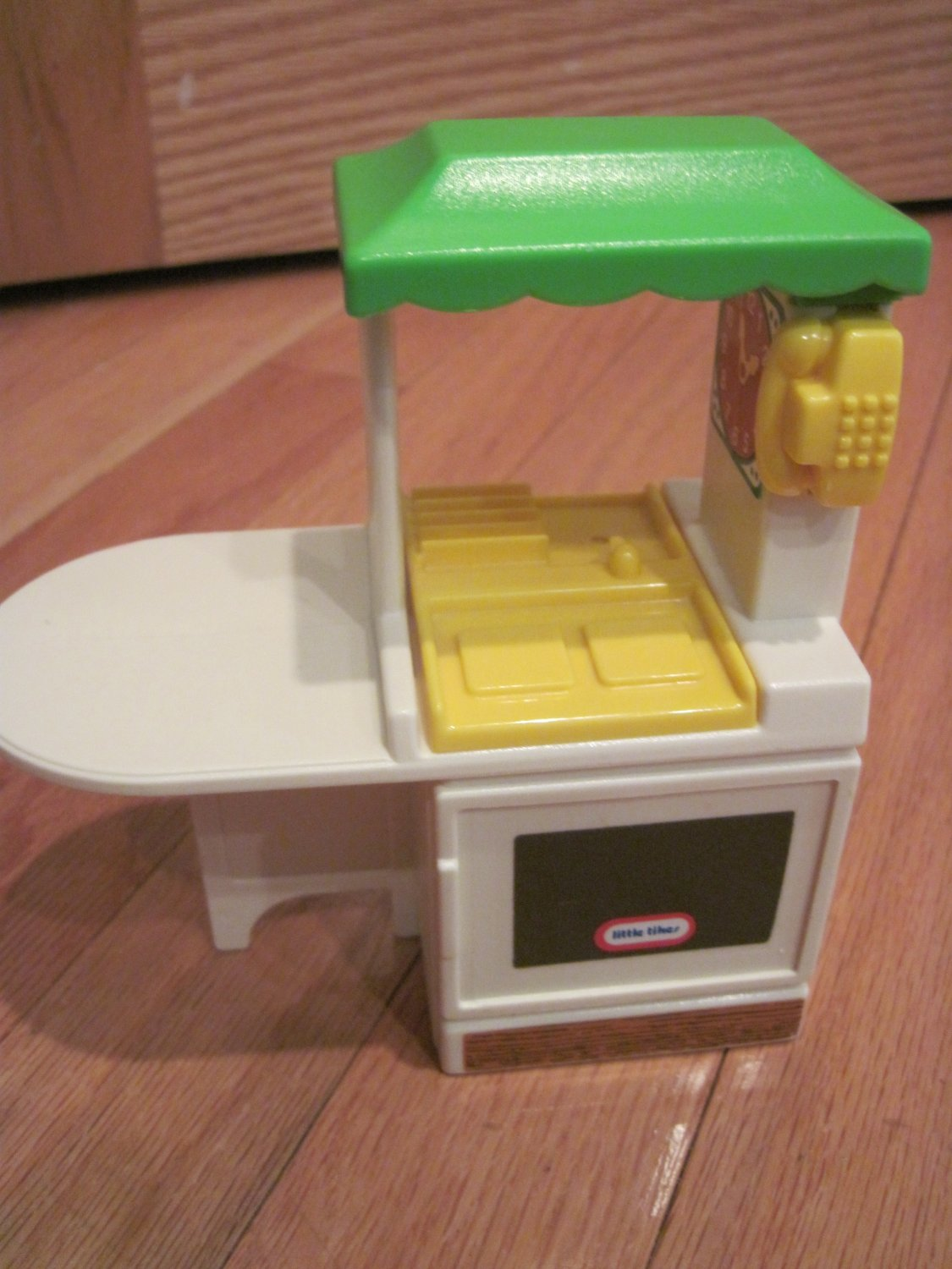 Little Tikes Miniature Party Kitchen for a Dollhouse Party Kitchen Doll House Tykes