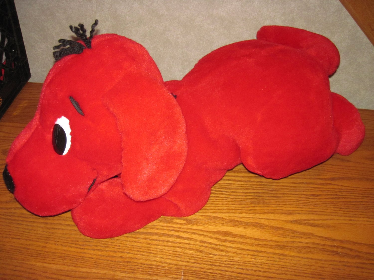 Clifford the Big Red Dog Large 25 Inch Plush Puppy Dog Scholastic 2000