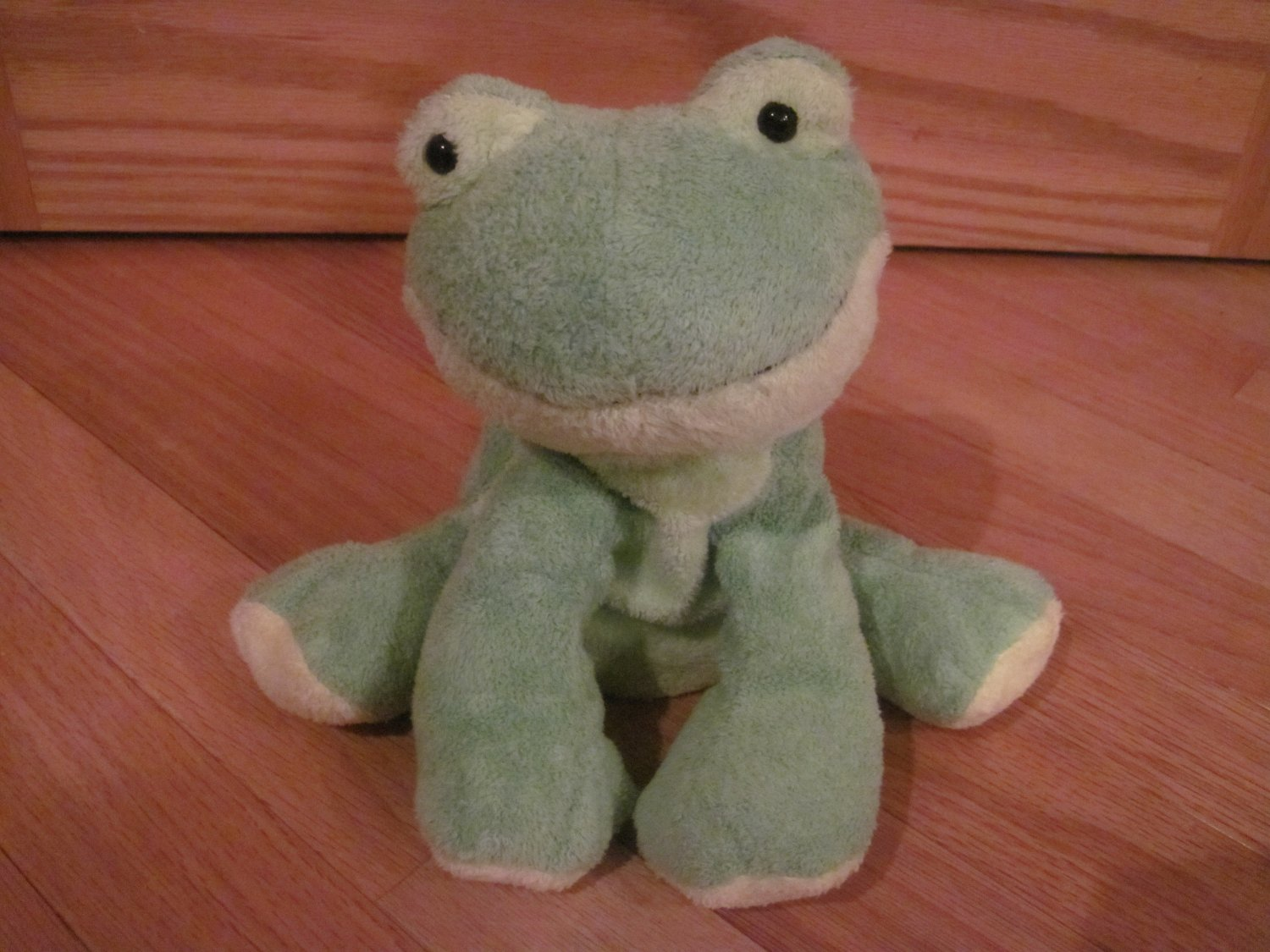 Ty Pluffies Plush Green Frog Named Leapers Tylux 2006
