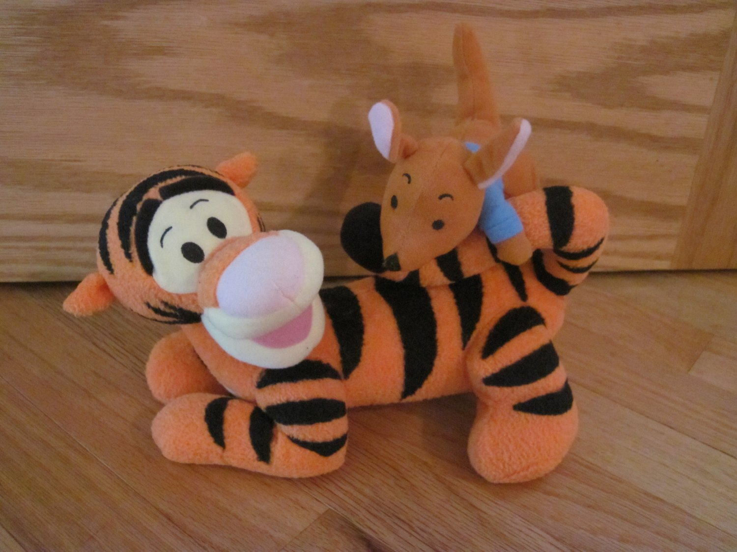 Fisher Price Singing Friends Tigger Amp Roo Winnie The Pooh