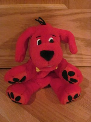 Clifford the Big Red Dog Red Plush Singing Talking Clapping Hand Puppet