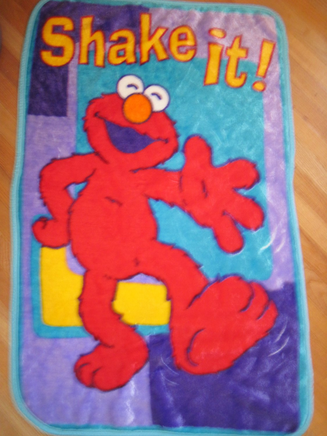 Sesame Street Elmo Luxe Thick Shake It Up Baby Toddler Blanket