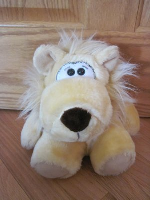 Vintage Animal Fair Plush Yellow Lion Stuffed Toy Brown Nose Black