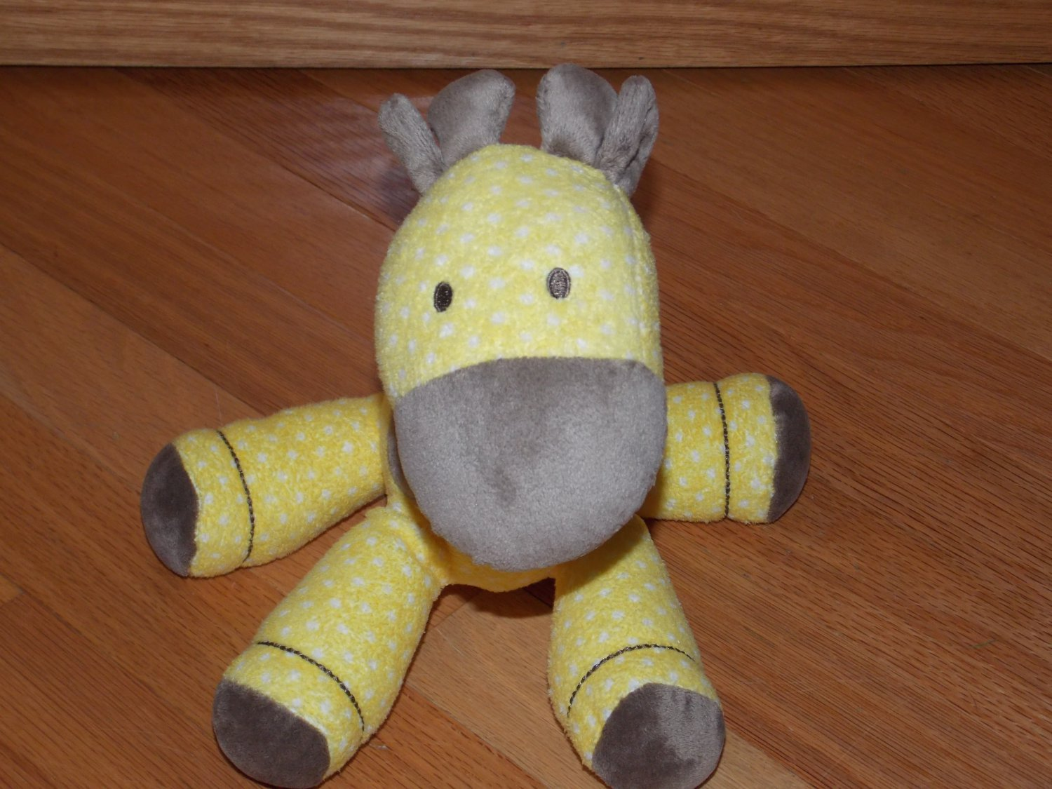 Carters Just One Year Yellow Polka Dot Spotted Plush Musical Giraffe Brown Accents 91306