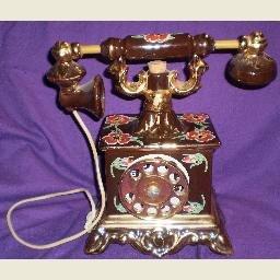 1969 VINTAGE CESARE KENTUCKY BOURBON TELEPHONE DECANTER