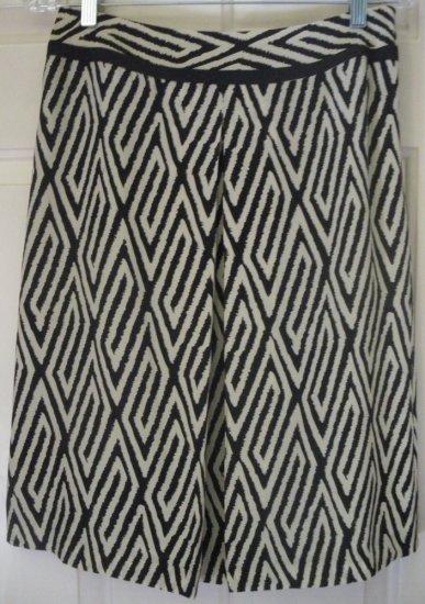 ANN TAYLOR Knee-Length Black & Beige SILK Print Skirt size 4 *NWOT*