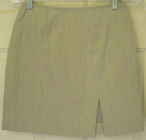 EXPRESS Beige Mid-Thigh STRETCH Skirt size 1/2