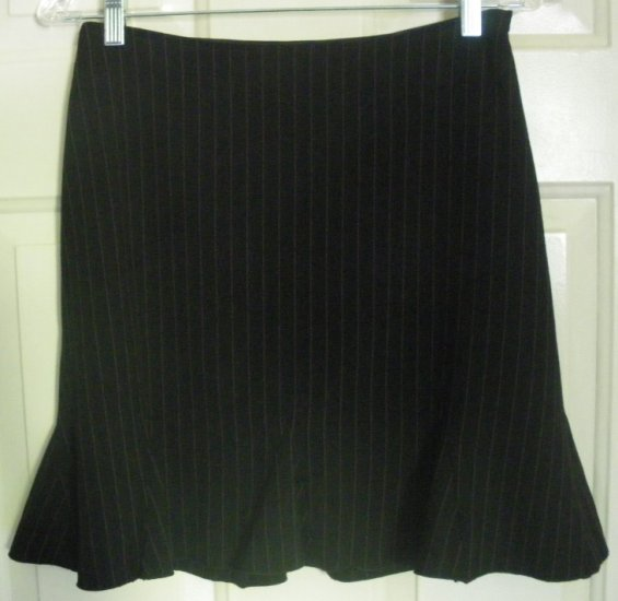 RAVE Black Above-Knee STRETCH PINSTRIPED Skirt size 9
