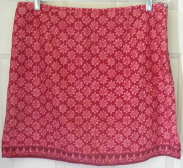 AMERICAN EAGLE OUTFITTERS Red Mid-Thigh PRINT Skirt size 14