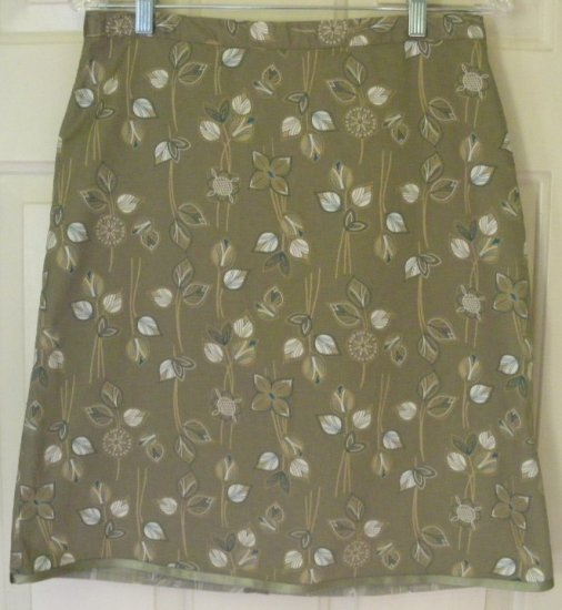 OLD NAVY Olive Green Knee-Length PRINT Skirt size 4