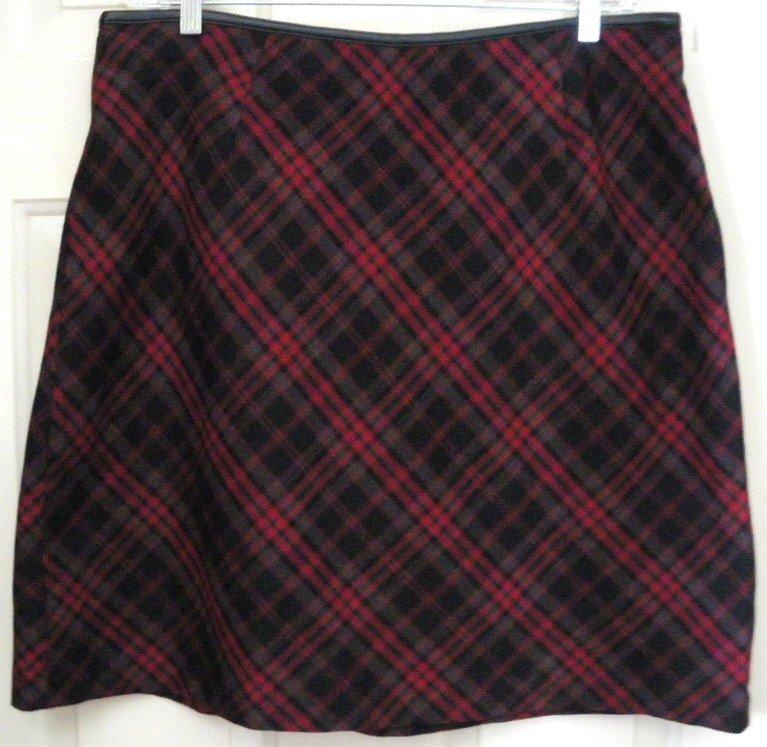 VENEZIA JEANS Black & Red Knee-Length PLAID Skirt size 18