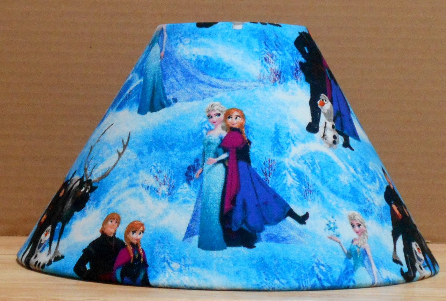 disney frozen elsa and anna fabric lamp shade lampshade. Black Bedroom Furniture Sets. Home Design Ideas