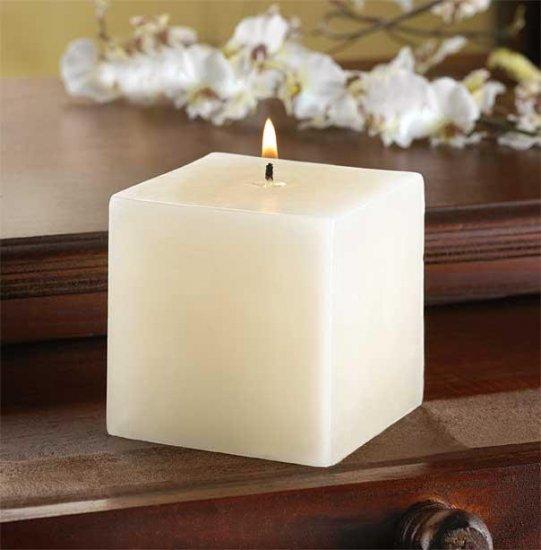 Ivory Vanilla Cube Pillar