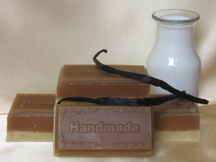Goats Milk and Vanilla Soap (5.6 oz)