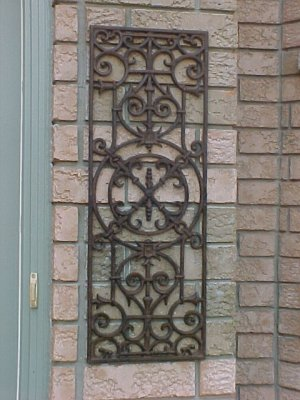 WHOLESALE LOT OF 4 Architectural Cast Iron Grates
