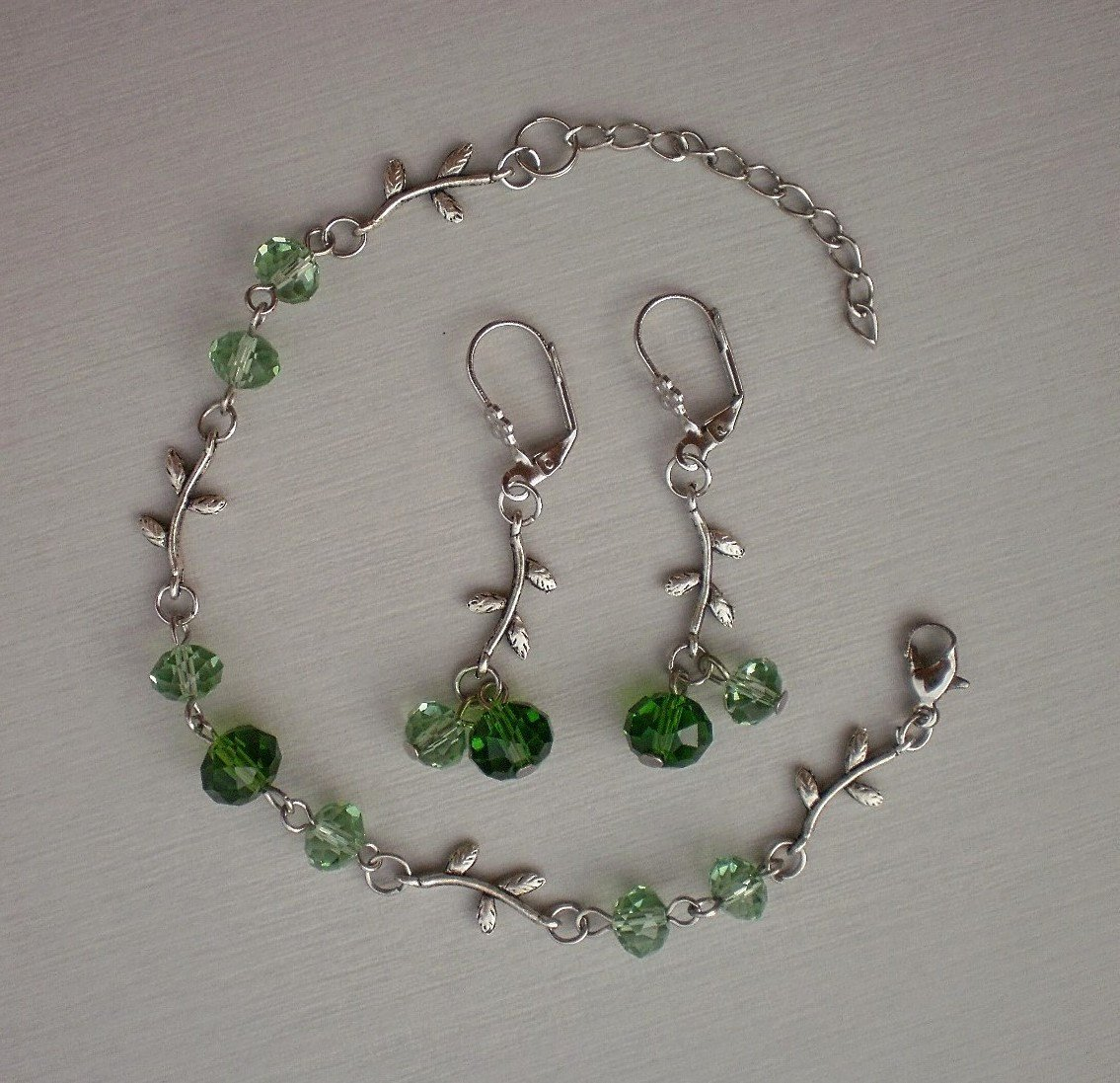 Peridot Green Crystal Beaded Bracelet & Earrings Handmade Designer Jewelry Fall Fashion Flower Leaft