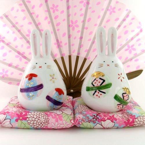 A0008 -Japan Genuine Tao Yue Tang ceramic  � � � � rabbit piggy bank