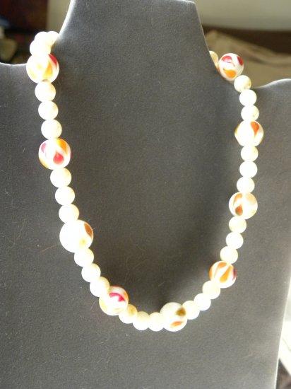 Creamy Necklace