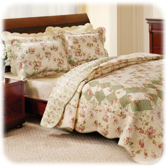 NEW BLISS Quilt & Sham Set ROSES Sage/Ivory TWIN SIZE