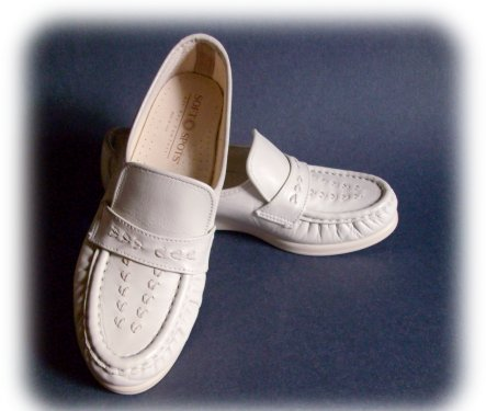 Ladies BONE Soft Spot SLIP ON LOAFERS Comfort Size 7