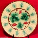 ANTIQUE MAJOLICA GRAPES AND LEAVES PLATE circa 1800's, gm497