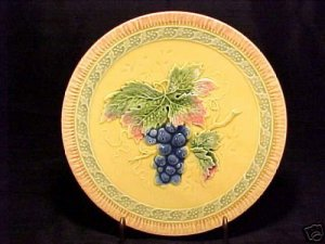ANTIQUE GERMAN MAJOLICA POTTERY PLATE, ZELL 1918-1939, gm156