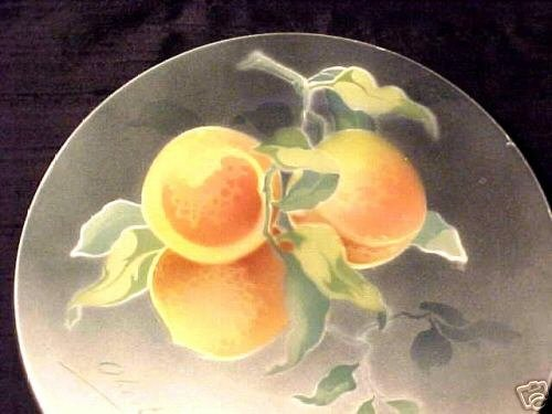 ANTIQUE FRENCH LUNEVILLE MAJOLICA POTTERY PEACHES PLATE, fm447