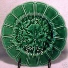 ANTIQUE SARREGUEMINES Majolica POTTERY GRAPES AND LEAVES PLATE, fm264