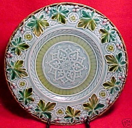 ANTIQUE FRENCH SARREGUEMINES MAJOLICA Pottery PLATE c1818, pc14