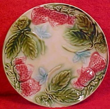 Antique French Majolica Dark Pinkish-Red Strawberry & Leaves Plate, fm820