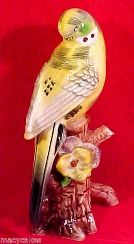 Antique Vintage Majolica Yellow Parakeet Buggie Lovebird Figurine, gm523