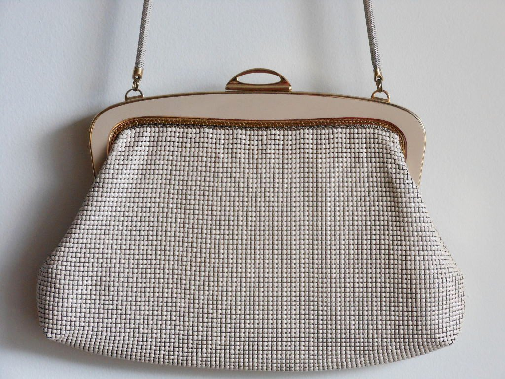 Disco Vintage Cream Gold Handbag Glomesh Purse Made in Australia Metal Mesh Hip Studio 54 Funky Chic