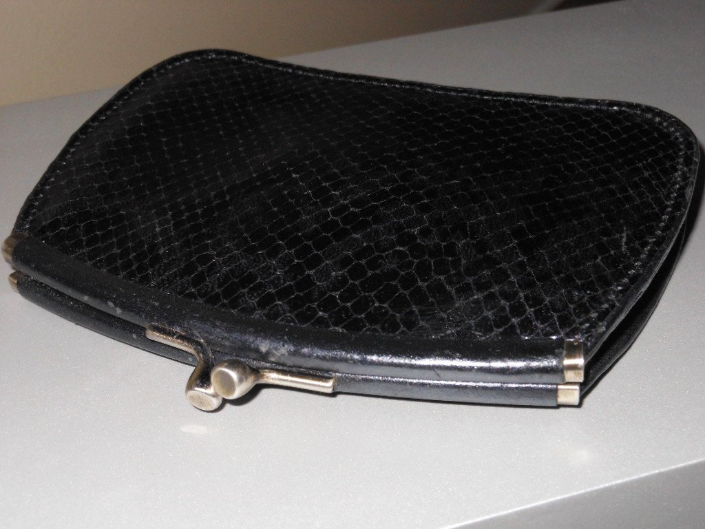 Python Embossed Black Grey Leather Wallet Coin Credit Card Key Holder Keeper Ladylike Chic Kisslock