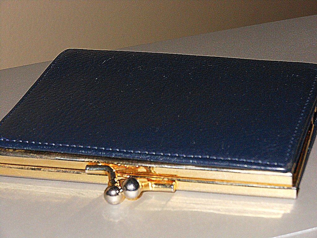 Vintage Navy Leather Kisslock Wallet Dark Blue Ladylike Feminine Retro Chic Card Bills Coin Keeper