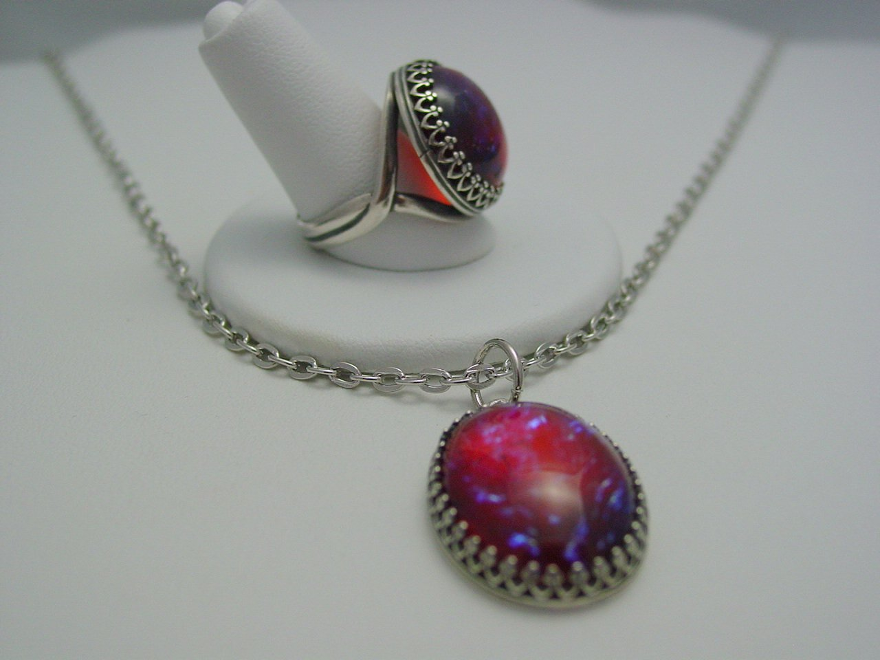 Mexican Opal Dragons Breath Glass Cabochon Crown Style Ring & Necklace Set