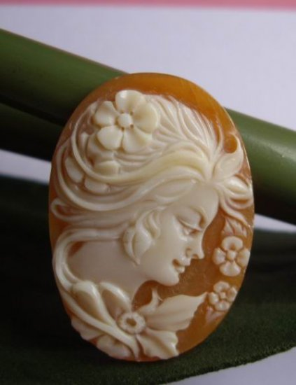 hand carved genuine shell lady cameo high relief