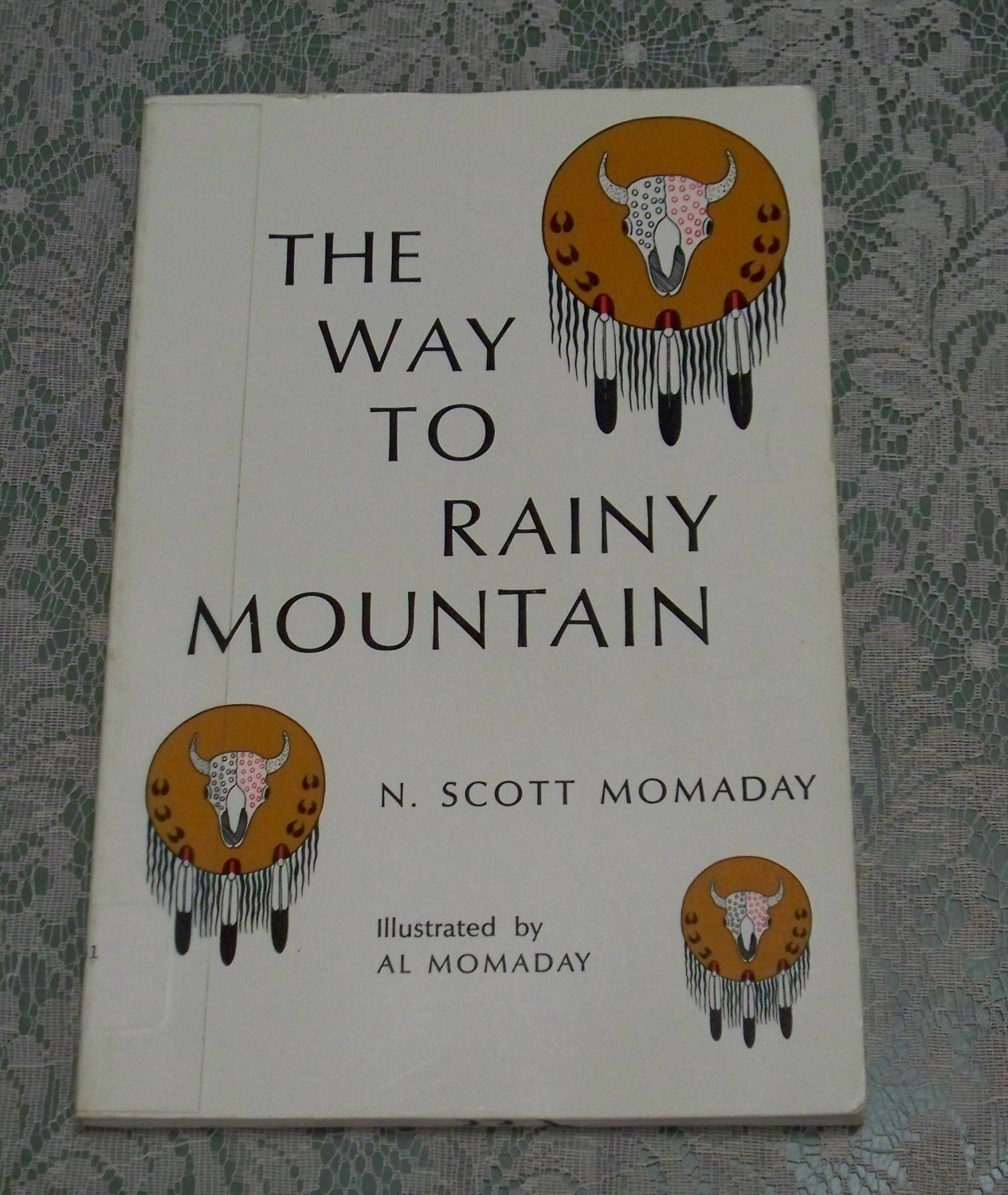 diction in the way to rainy mountain The way to rainy mountain is one of those rare books that changed my whole persepective of the world the beauty of his style and simplicity of his stories show what a firm grasp and love of the language dr momaday has.