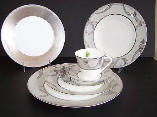 WATERFORD China Ballet Encore 7 Piece Place Setting New