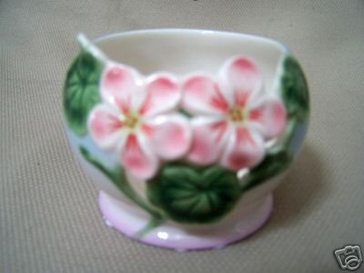 FRANZ Porcelain Geranium Candle / Tea LIght Holder New
